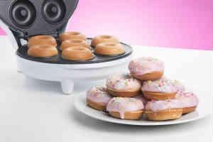 en skør ide til adventsgave kunne være en donut maskine