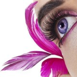 M2 Beaute Eyelash serum i gave til hende