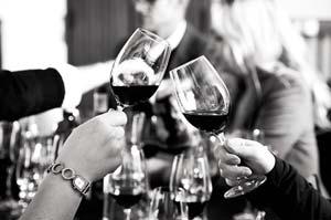 Hvis far er vin entusiast så giv ham en vinsmagning på fars dag