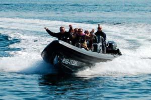 giv din far en adrenalin oplevelse som speedbåds sejlads
