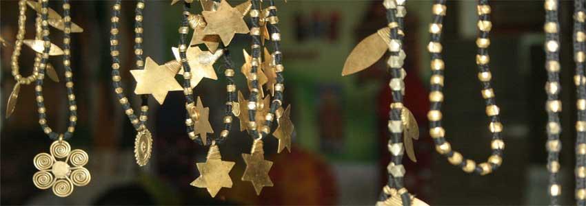 overvej smykker som gave til barnedåb