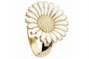 konfirmations piger ønsker sig Kranz og Ziegler marguerit smykker i konfirmationsgave