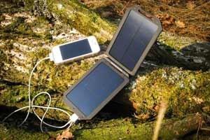 solcelle oplader til mobil enheder eller andet er praktisk