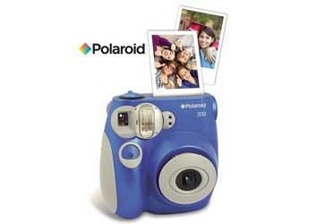et polaroid kamera er den sjove gave til en konfirmand