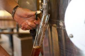 Giv far en ølsmagning hvor smagsprøverne er i højsædet