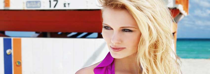 unge kvinder elsker skønhedsting