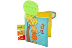 giv den sjove bog med bidering til en baby