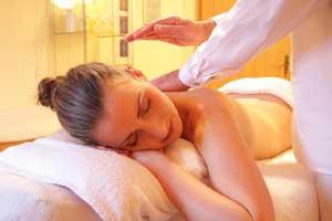 giv en lækker luksus massage til hende