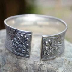 Søde dåbsgaver i sølv til barnedåben