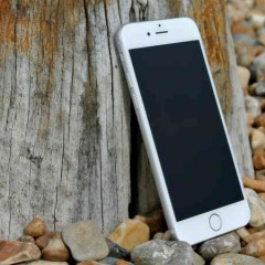 En praktisk og billig gave, perfekt til alle med en smartphone!