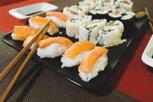 giv et sushi kursus i gave