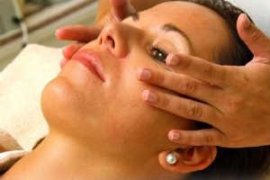 giv hende en lækker shiatsu massage oplevelsesgave