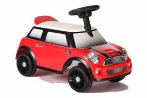 køb en sjov gå bil til barnet på 1 år