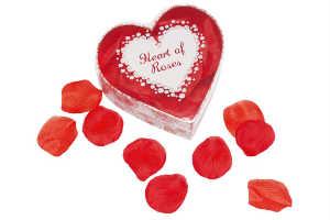 køb det romantiske hjerte med rosenblade
