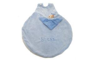 Køb en personlig sovepose med navn på i barselsgave