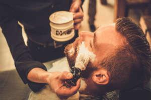 Giv ham en oplevelse med barbering