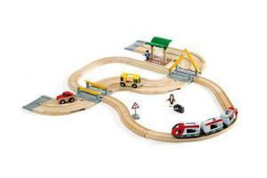 Køb Brio togbane i gave til børn